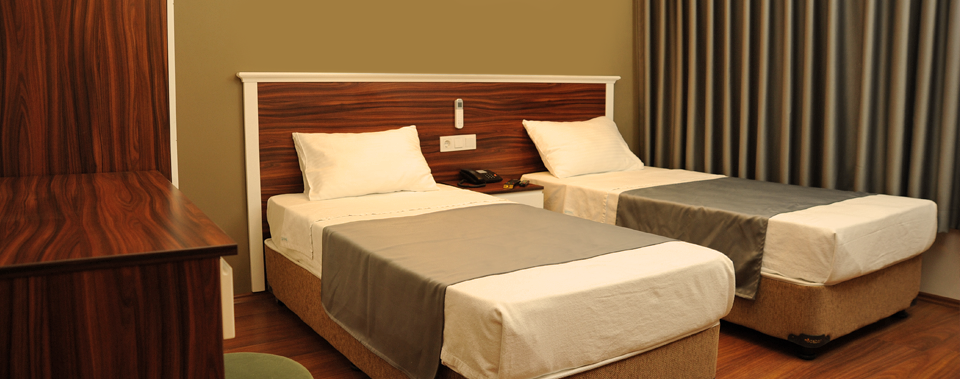 Konforlu odalar... (Enjoy the most comfortable rooms).